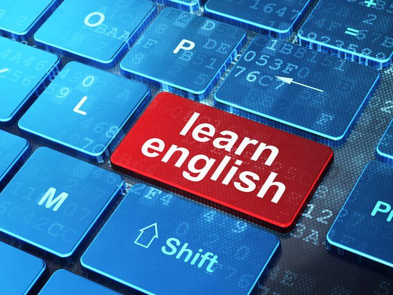 Apprentissage de l'anglais en présentiel ou à distance dans le futur : que choisir ?