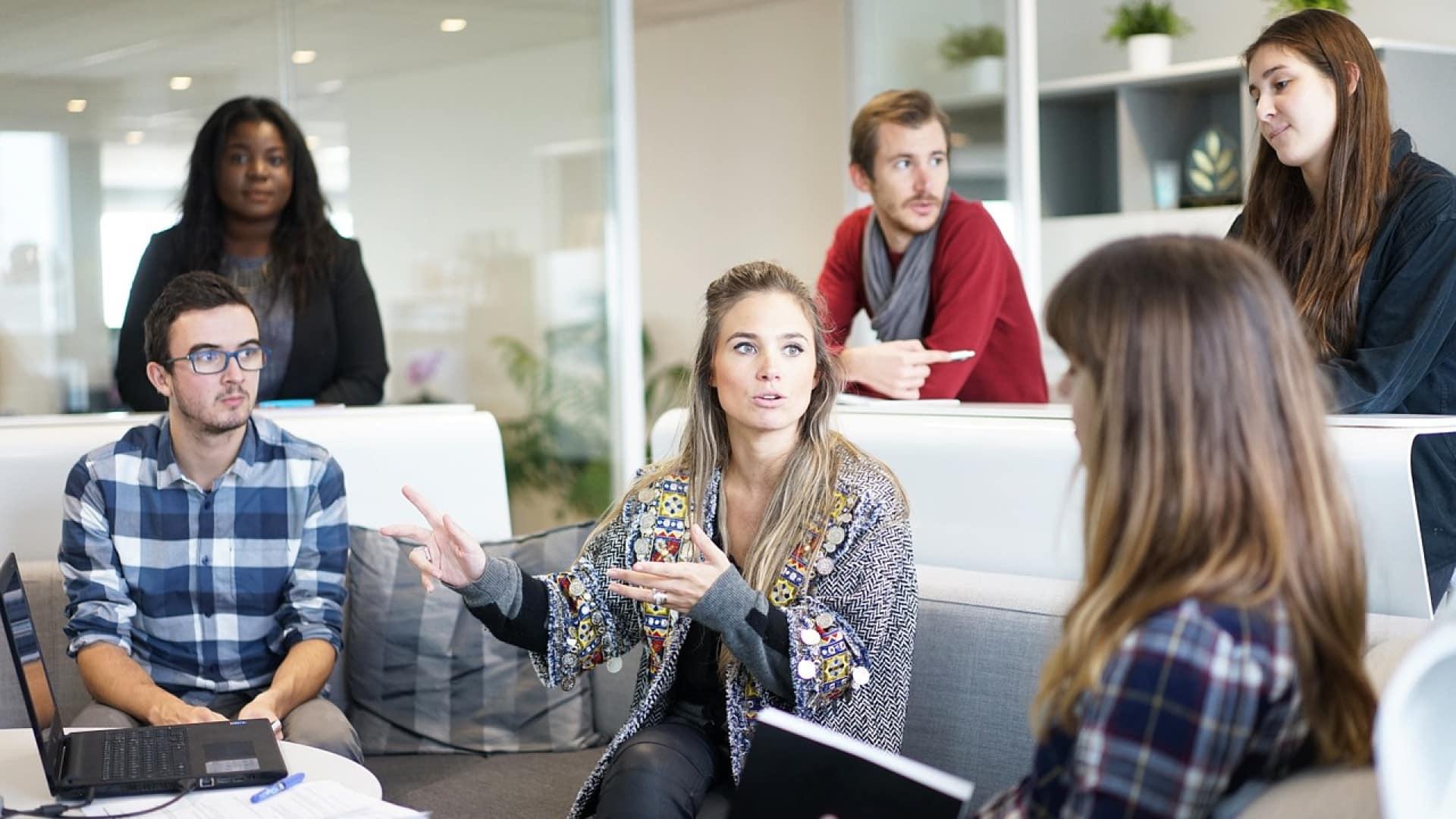 Bts management en alternance, le meilleur moyen de rapidement décrocher un emploi ?